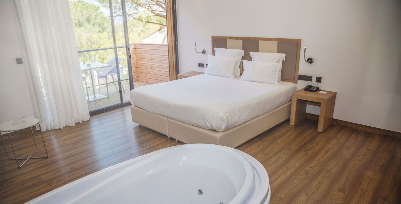 chambre-vue-mer-vacances-hotel-portovecchio