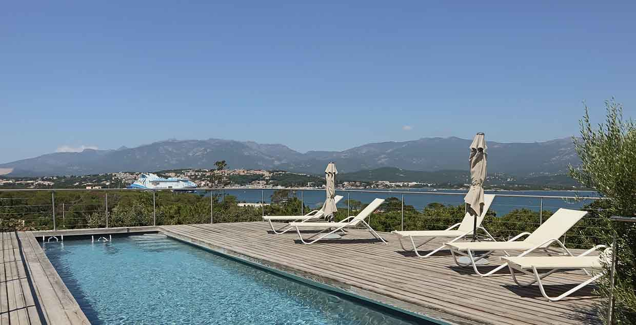 suite-hotel-piscine-privée-corse